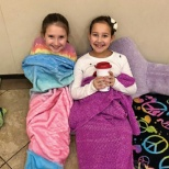 Tenafly Chabad Academy Cuddles Up and Reads