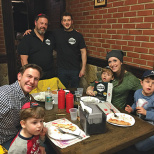 Giddy's Pizza Celebrates Fifth Anniversary
