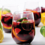 Traditional, White and Peach Sangria: A Refreshing Summer Punch