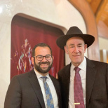 Shomrei Torah  Enjoys Last Shabbat With Yudins at Helm