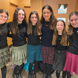 Yeshivat Noam Middle School Debate Team Takes Home Trophy