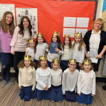 Yeshivat Noam First Graders Receive First Siddurim
