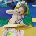 Model Seder Is Fun in Moriah Early Childhood