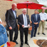 Governor Murphy Makes Campaign Stop in Teaneck
